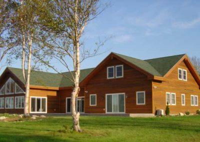 House and Garage on Lake